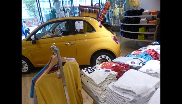 Uniqlo lancia la Corporate Collaboration con Fiat 500