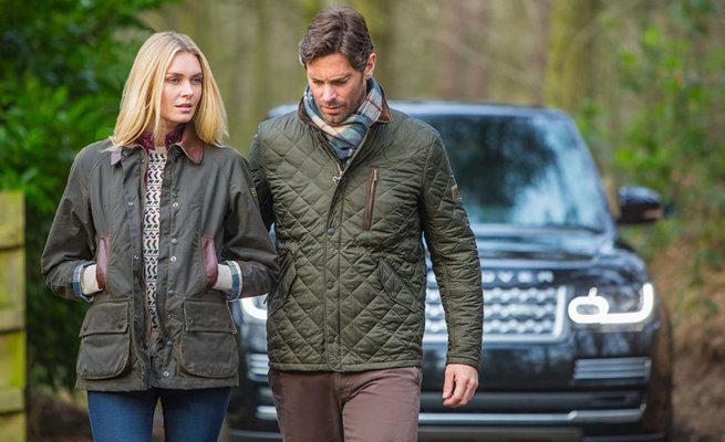 Barbour e Land Rover, il country chic 100% British
