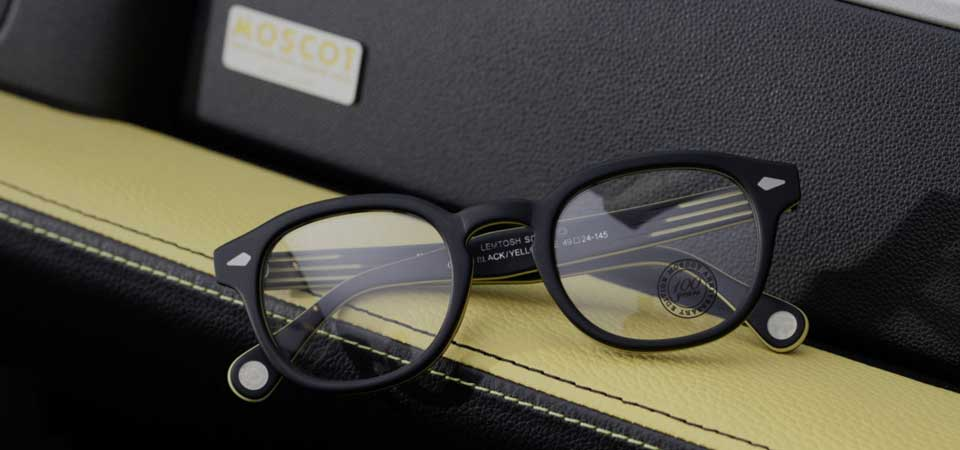 Smart e Moscot, co-branding da guidare e indossare