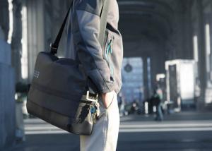 Moleskine by Bric's: urban mobility co-branding