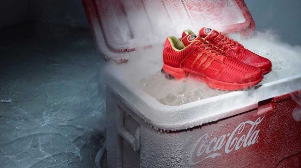 Coca Cola di nuovo con adidas Originals