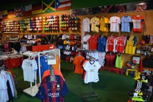 Le squadre di calcio rafforzano la difesa contro la contraffazione