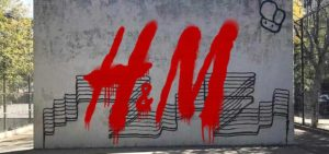 Are graffiti worth of copyright protection? H&M's change of mind