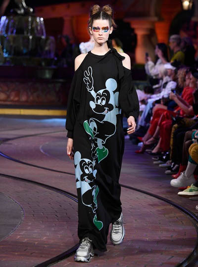 Disney x OC: una tribute collection per i 90 anni di Mickey Mouse