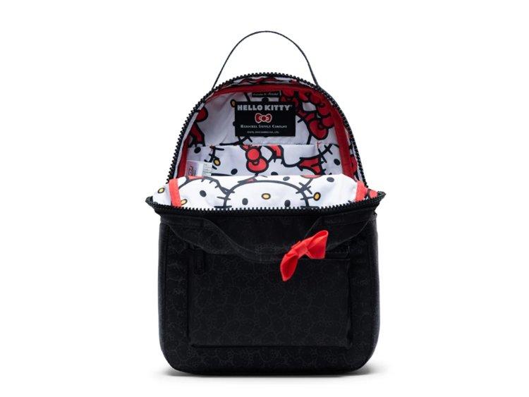 Hello Kitty x Herschel Supply, una capsule col fiocco