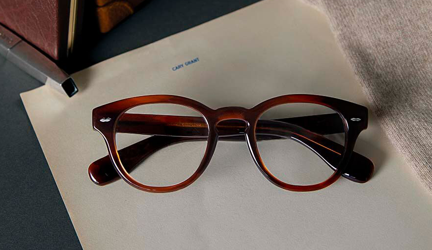 Oliver Peoples si ispira a Cary Grant