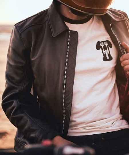 Triumph lancia una linea sportswear