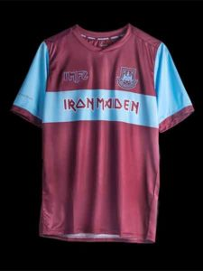 West Ham incontra l'heavy metal degli Iron Maiden