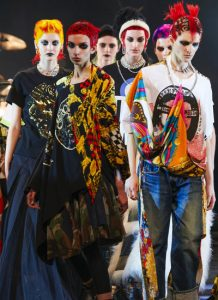 Watanabe, Versace e rock band: Comme des Garçons in versione punk Jap
