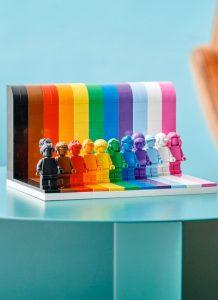 LEGO supporta la comunità LGBTQ con un set speciale