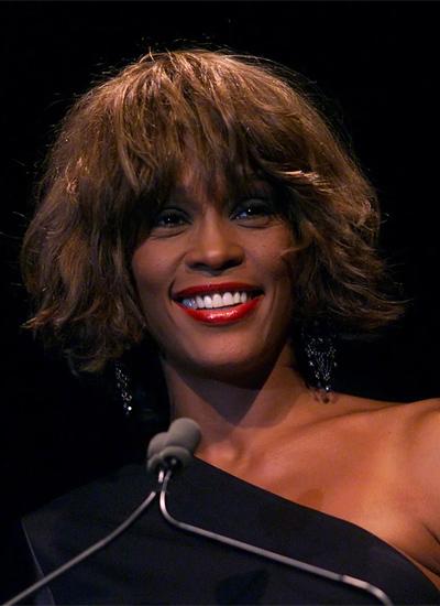 MAC Cosmetics e l'omaggio a Whitney Houston